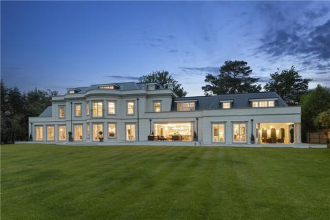 6 bedroom detached house for sale - Nuns Walk, Virginia Water, Surrey, GU25