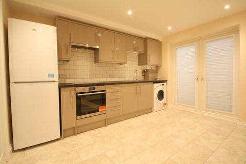 2 bedroom flat to rent - Brighton Road, Reading