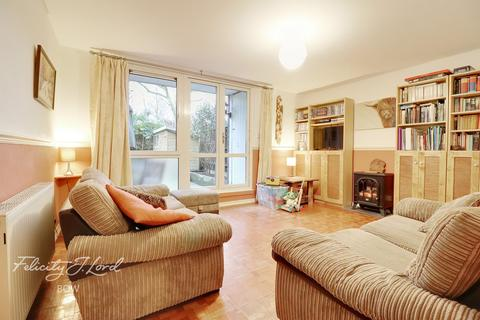 3 bedroom flat for sale - 500 Old Ford Road, London
