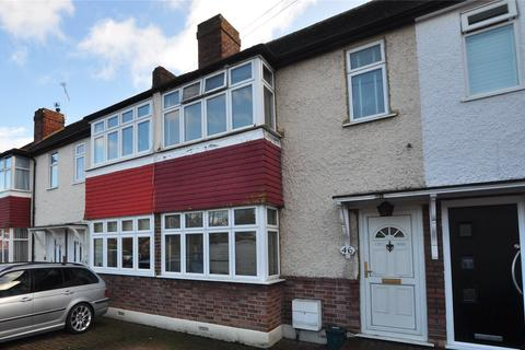 3 bedroom terraced house for sale - Langley Road, Staines-upon-Thames, Surrey, TW18