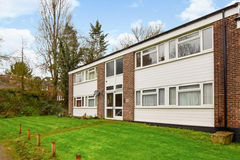 1 bedroom flat for sale - Greenfields, Maidenhead, SL6