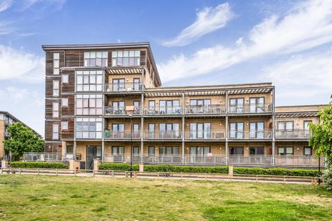 2 bedroom flat for sale - Woodmill Road, Stoke Newington, E5