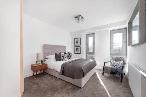 3 bedroom apartment for sale - Grange Road, London SE1