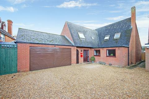 5 bedroom detached house for sale - Barons Court, Baker Street, Waddesdon, Buckinghamshire