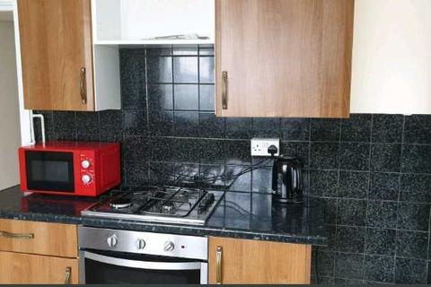 2 bedroom property to rent - Bertha Street, Pontypridd