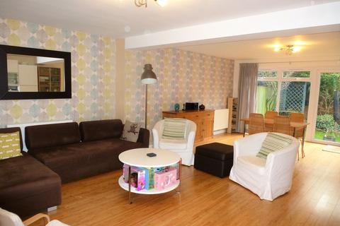 4 bedroom detached house to rent - Chaplin Drive, Headcorn