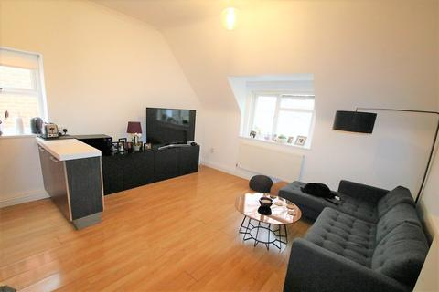 3 bedroom flat for sale - Mulgrave Road, Croydon