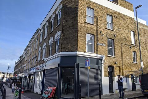 Shop to rent - Lavender Hill, Clapham Town, London, SW11