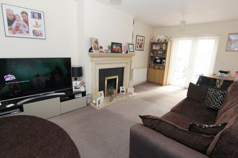 3 bedroom semi-detached house for sale - Avonlea Road, Droylsden