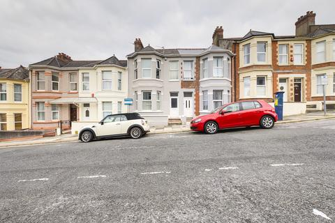 3 bedroom terraced house to rent - Welbeck Avenue, Plymouth