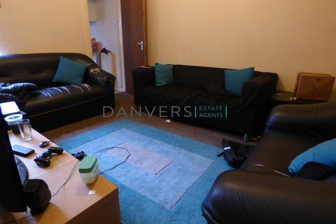 3 bedroom terraced house to rent - Paton Street, Leicester
