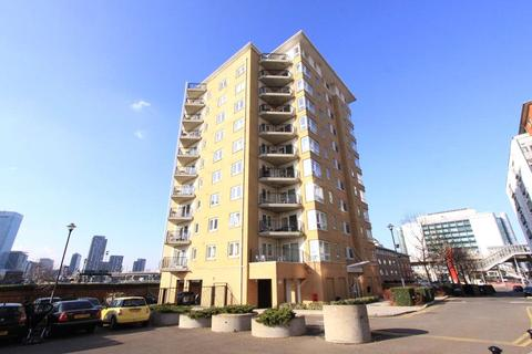 2 bedroom apartment to rent - Newport Avenue, London, E14