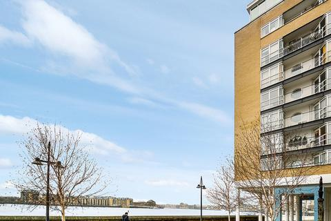 3 bedroom flat to rent - Anchorage Point, Canary Wharf E14