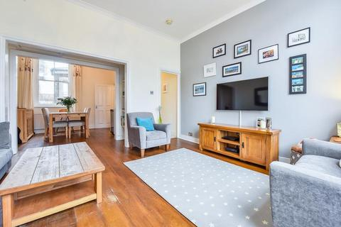 2 bedroom flat for sale - North Cross Road, London SE22