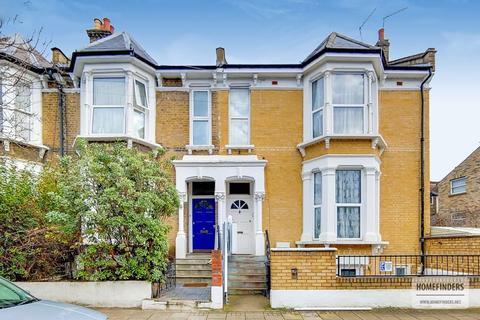 7 bedroom end of terrace house for sale - Alconbury Road, Clapton E5