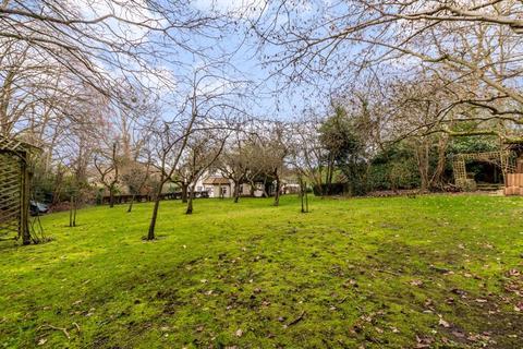 5 bedroom detached house for sale - ORCHARD ROAD, PRATTS BOTTOM