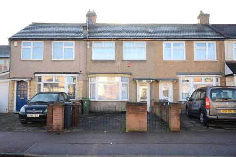 3 bedroom terraced house to rent - Western Avenue, Dagenham