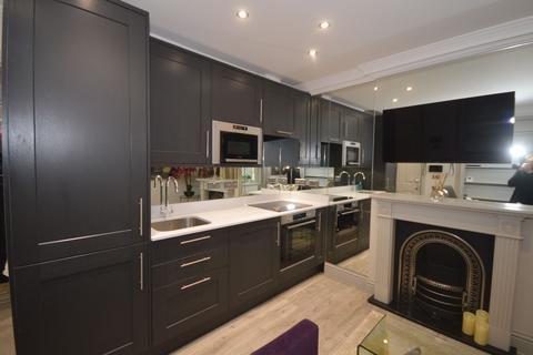1 bedroom flat to rent - Merchants House
