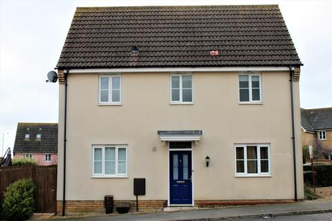 3 bedroom house for sale - Brambling Close, Stowmarket