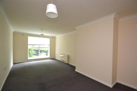 2 bedroom flat for sale - Creswell Court, Stanwell, TW19