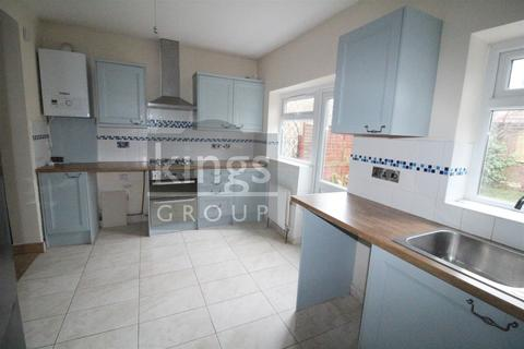 4 bedroom house to rent - Malvern Road, Enfield