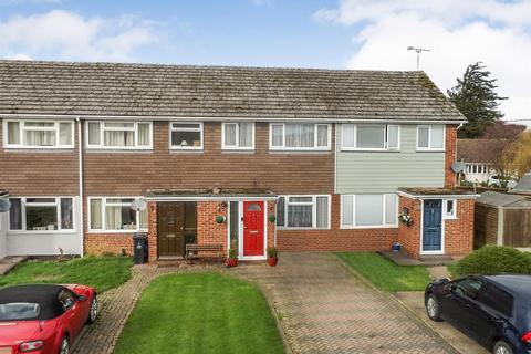 3 bedroom terraced house for sale - Garden Close, Althorne