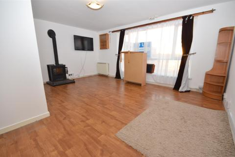 3 bedroom maisonette to rent - Sundon Park Parade,