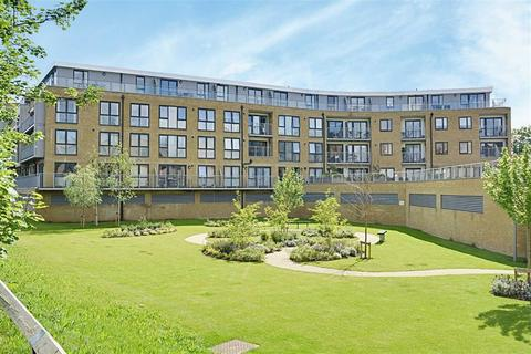 2 bedroom flat for sale - Smeaton Court, Hertford, SG13