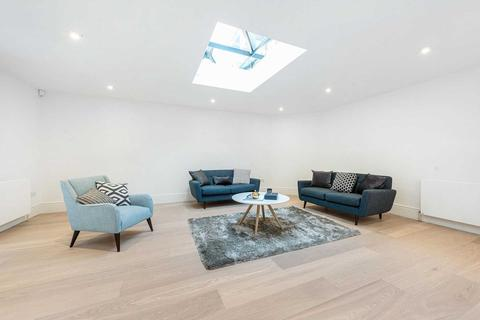 4 bedroom flat to rent - Devonshire Place, London W1G