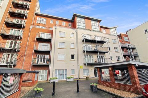 2 bedroom apartment for sale - Avenel Way, Poole, Dorset, BH15