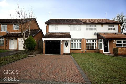 3 bedroom semi-detached house for sale - Kershaw Close, Luton, Bedfordshire, LU3