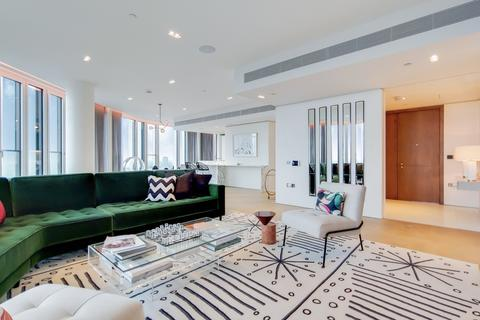 3 bedroom apartment for sale - Southbank Tower, Upper Ground, London, SE1