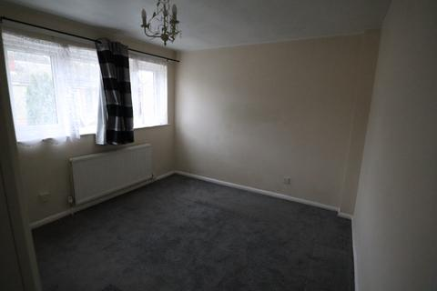 3 bedroom terraced house to rent - Wedgewood Road, Bedford, Bedfordshire, MK41