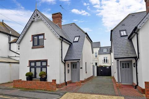 2 bedroom detached house for sale - Selden Lane, Worthing, West Sussex