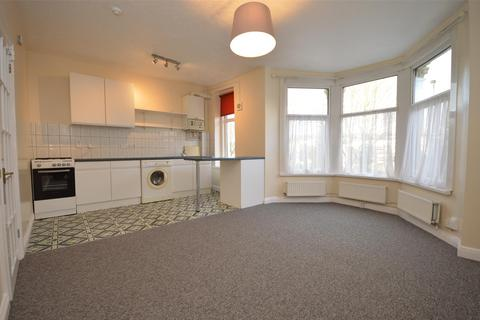2 bedroom flat to rent - First Floor Flat, Coronation Road, Southville, Bristol, BS3