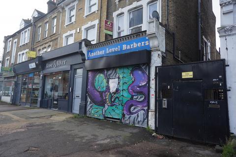Property to rent - Brockley , SE4