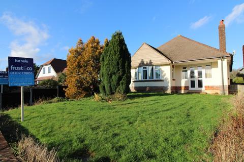 2 bedroom bungalow for sale - Worthington Crescent, Whitecliff, Poole, Dorset, BH14