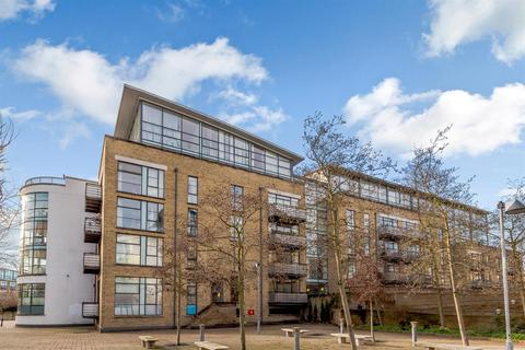 2 bedroom apartment for sale - Ferry Lane, Brentford, TW8