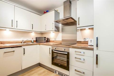 2 bedroom apartment to rent - Trafalgar Street, London, SE17