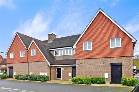 2 bedroom apartment for sale - Brookfield Drive, Horley, Surrey