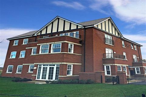 2 bedroom ground floor flat for sale - Wren Drive, Finberry, Ashford, Kent