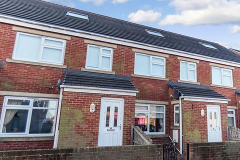 3 bedroom terraced house to rent - Station Mews, Bedlington, Northumberland, NE22 7JA