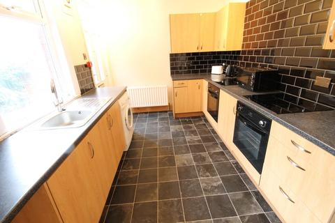 7 bedroom semi-detached house to rent - Headingley Avenue, Headingley, Leeds, LS6 3EP