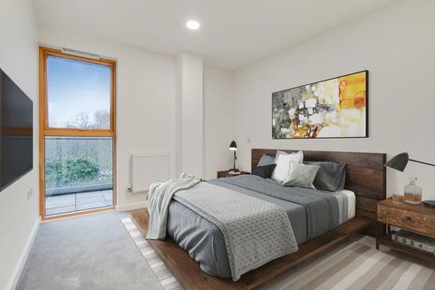3 bedroom apartment for sale - Court Road Eltham SE9