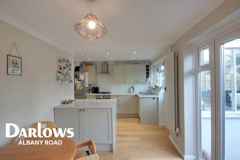 3 bedroom semi-detached house for sale - Llyn Close, Lakeside, Cardiff