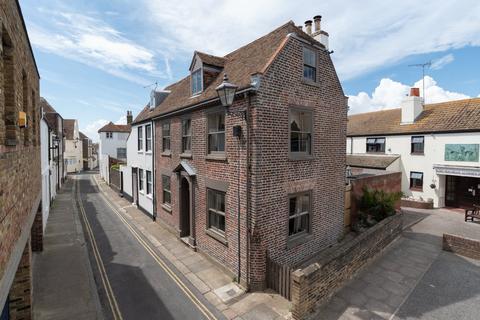 4 bedroom semi-detached house for sale - Griffin Street, Deal, Kent