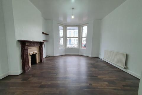 2 bedroom flat to rent - Foxbourne Road, Balham, London SW17