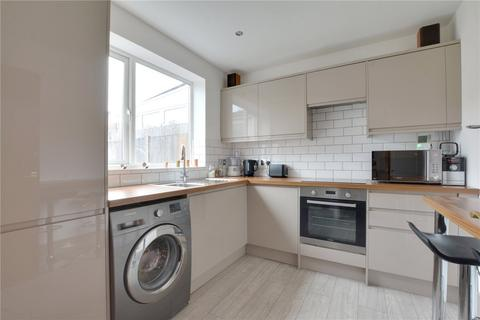 2 bedroom terraced house for sale - Castleton Road, London, SE9