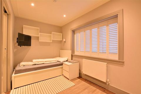 1 bedroom flat to rent - Red Lion Lane, London, SE18