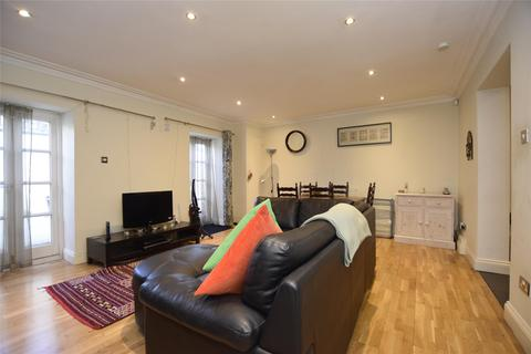 2 bedroom flat to rent - Streatham High Road, LONDON, SW16